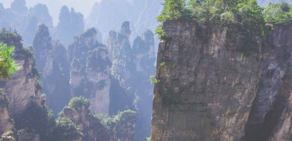"5 Safety Tips When Visiting ""Avatar"" Mountains in China"